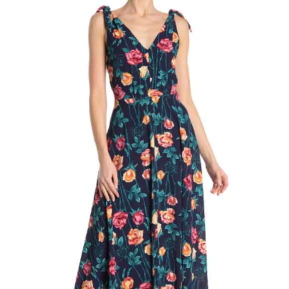 Betsey Johnson Dresses & Skirts - Betsey Johnson Floral Print Crepe Dress Size 14